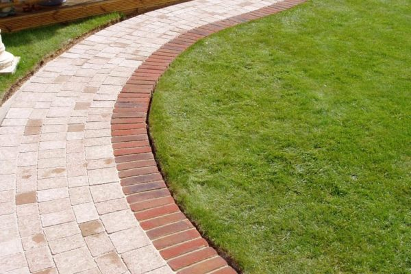 Antique Brick To Your Yard