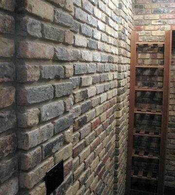 antique brick veneer